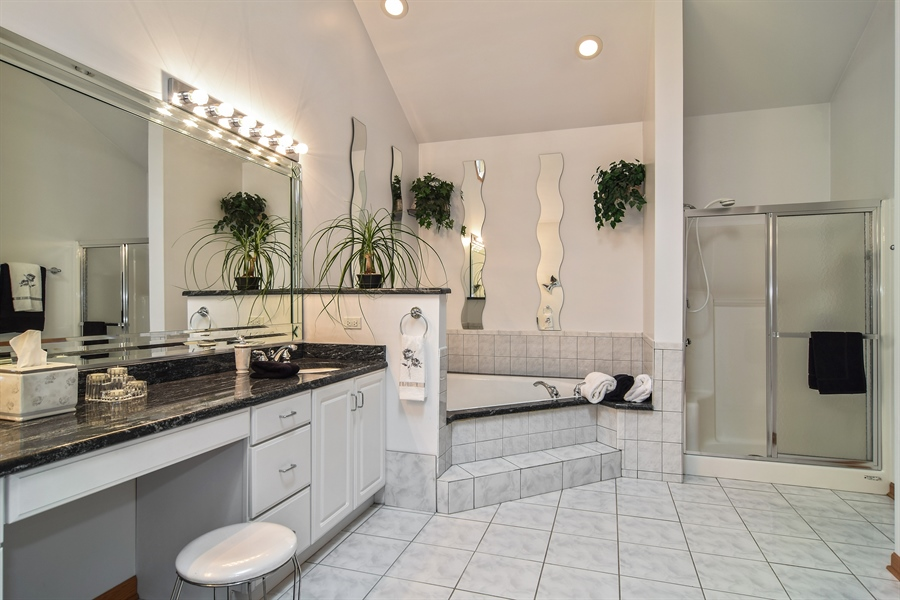 Real Estate Photography - 4N234 Central Ave, Addison, IL, 60101 - Master Bathroom