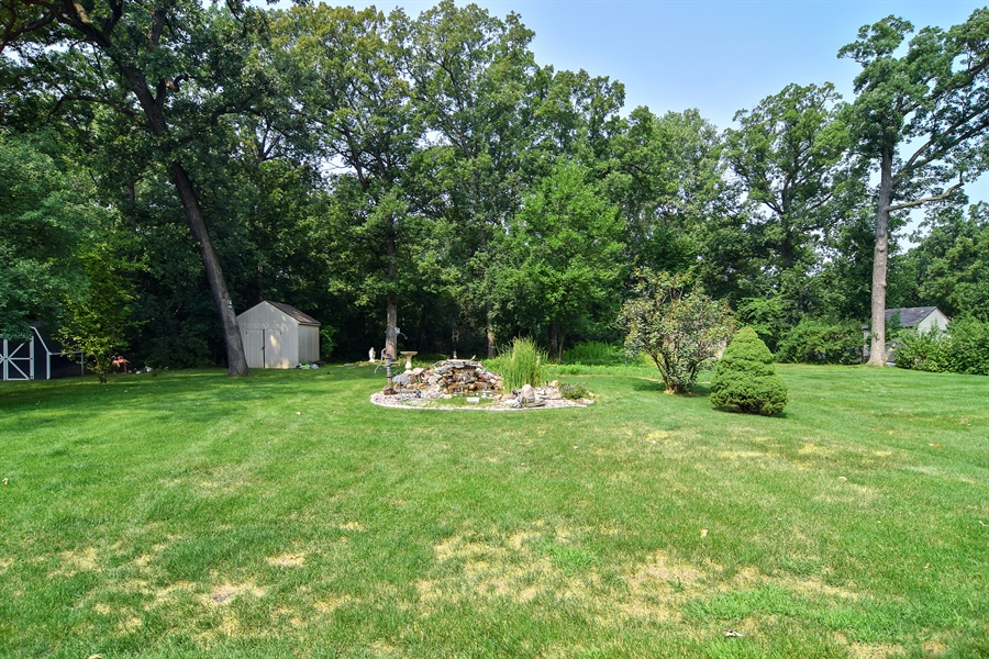 Real Estate Photography - 4N234 Central Ave, Addison, IL, 60101 - Back Yard