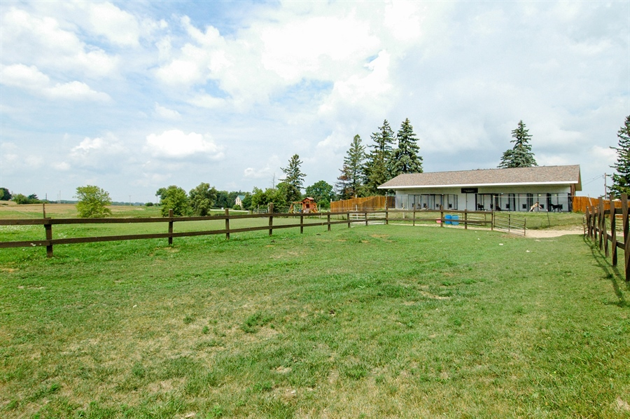 Real Estate Photography - W3839 State Road 33, Horicon, WI, 53032 - Location 4