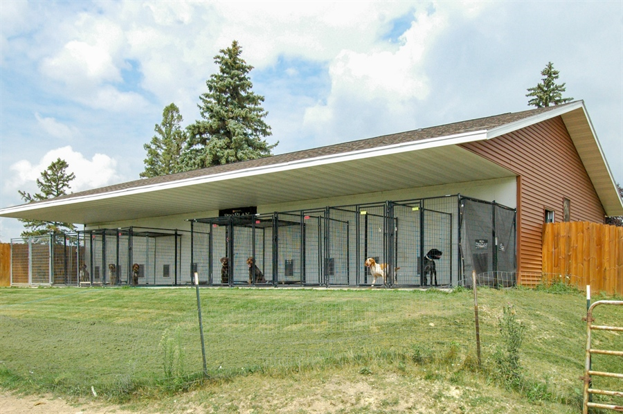 Real Estate Photography - W3839 State Road 33, Horicon, WI, 53032 - Kennel