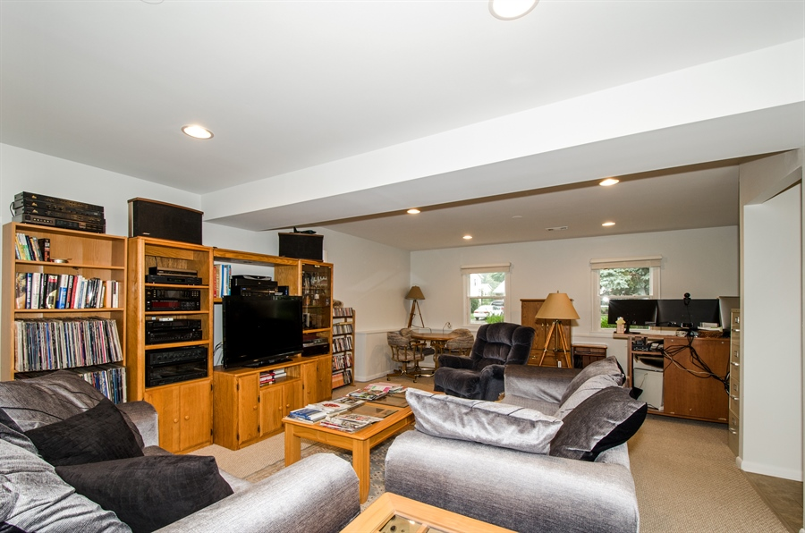 Real Estate Photography - 1419 Cypress Dr, Mount Prospect, IL, 60056 - Family Room