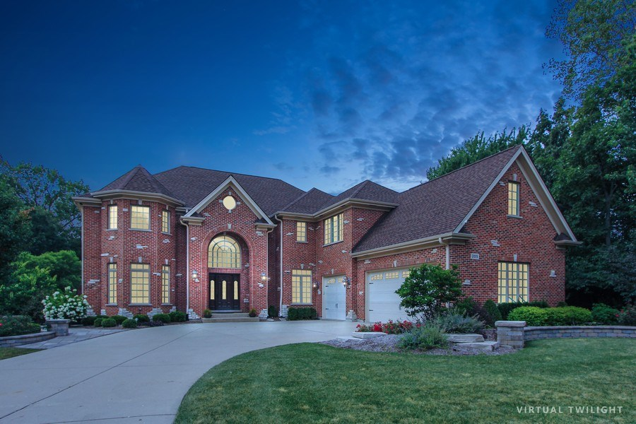 Real Estate Photography - 205 Beech Dr, Lake Zurich, IL, 60047 - Front View