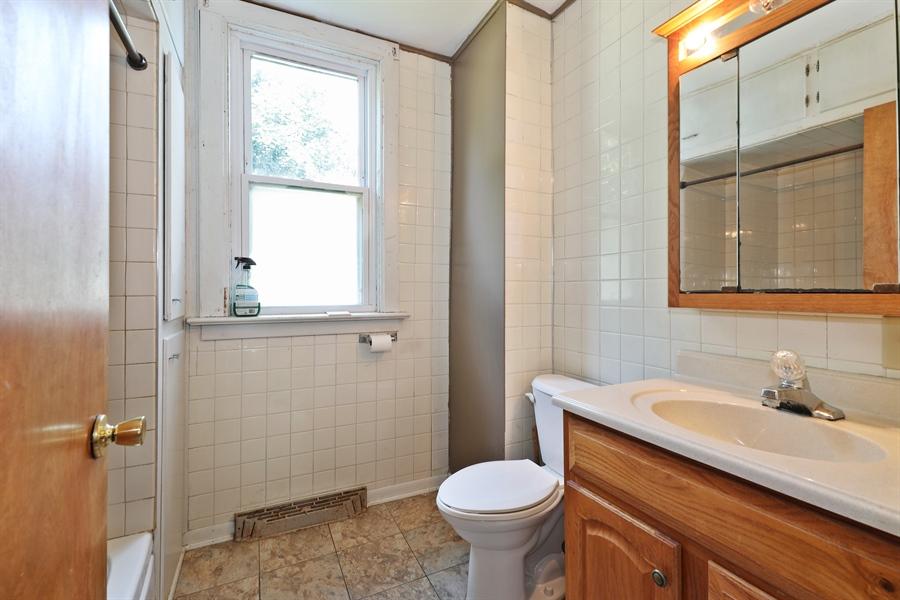 Real Estate Photography - 424 prairie, BEECHER, IL, 60401 - Bathroom