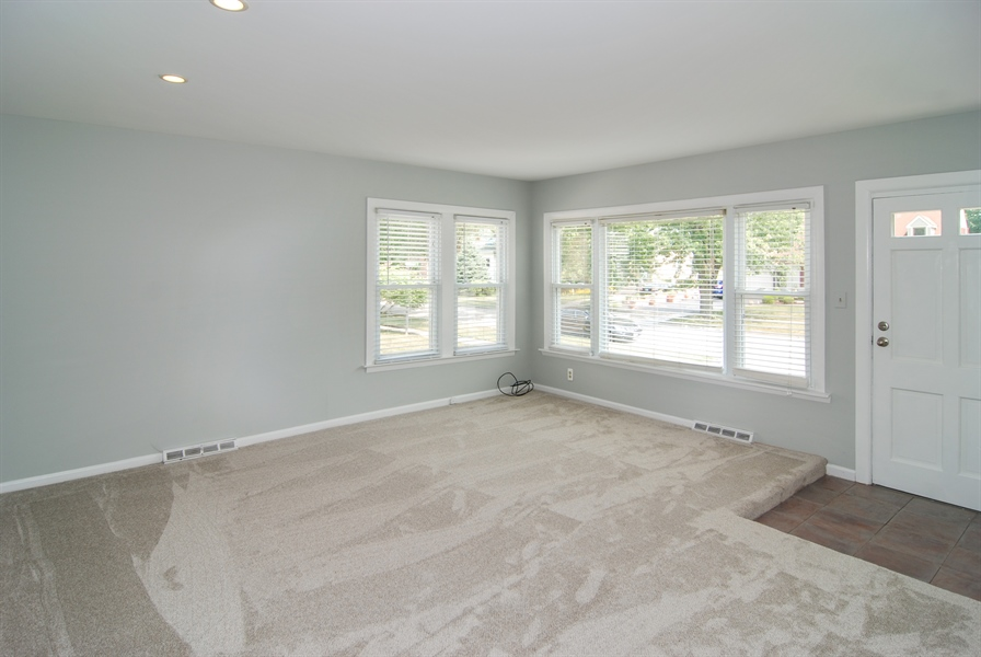 Real Estate Photography - 3438 McCormick Avenue, Brookfield, IL, 60513 - Living Room