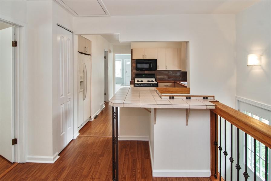 Real Estate Photography - 3438 McCormick Avenue, Brookfield, IL, 60513 - Kitchen Island