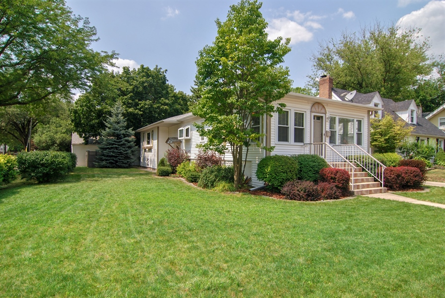 Real Estate Photography - 3438 McCormick Avenue, Brookfield, IL, 60513 - Front View