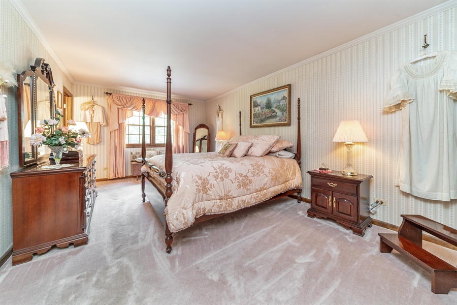 Real Estate Photography - 22W324 Hillcrest Terrace, Medinah, IL, 60157 - Master Bedroom