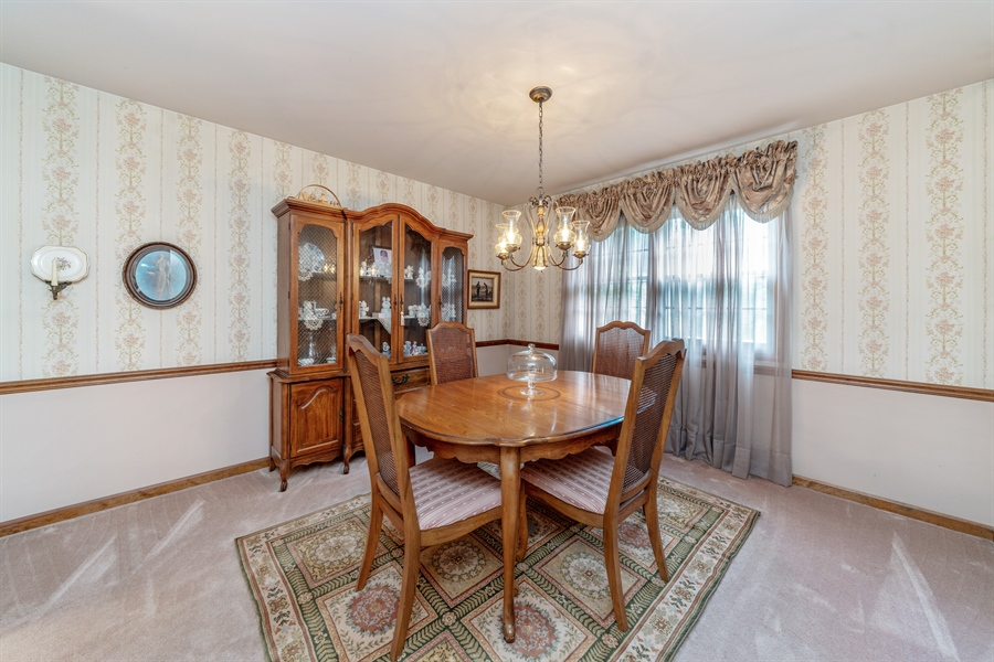 Real Estate Photography - 22W324 Hillcrest Terrace, Medinah, IL, 60157 - Dining Room
