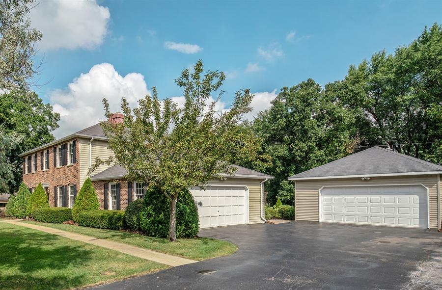 Real Estate Photography - 22W324 Hillcrest Terrace, Medinah, IL, 60157 - Front View