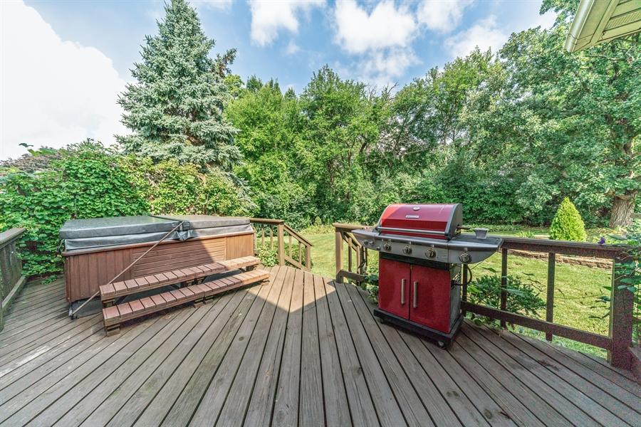 Real Estate Photography - 22W324 Hillcrest Terrace, Medinah, IL, 60157 - Deck