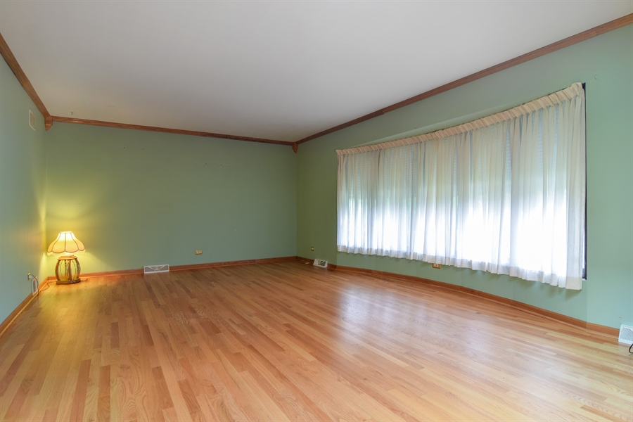 Real Estate Photography - 1241 Central Ave, Bensenville, IL, 60106 - Living Room