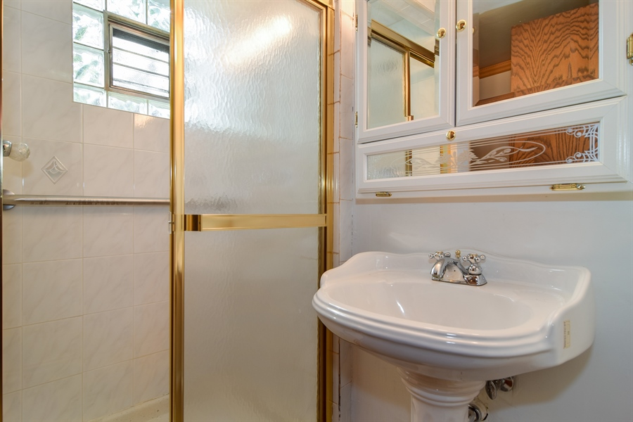 Real Estate Photography - 1241 Central Ave, Bensenville, IL, 60106 - 3rd Bathroom