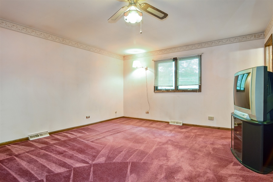 Real Estate Photography - 1241 Central Ave, Bensenville, IL, 60106 - Master Bedroom