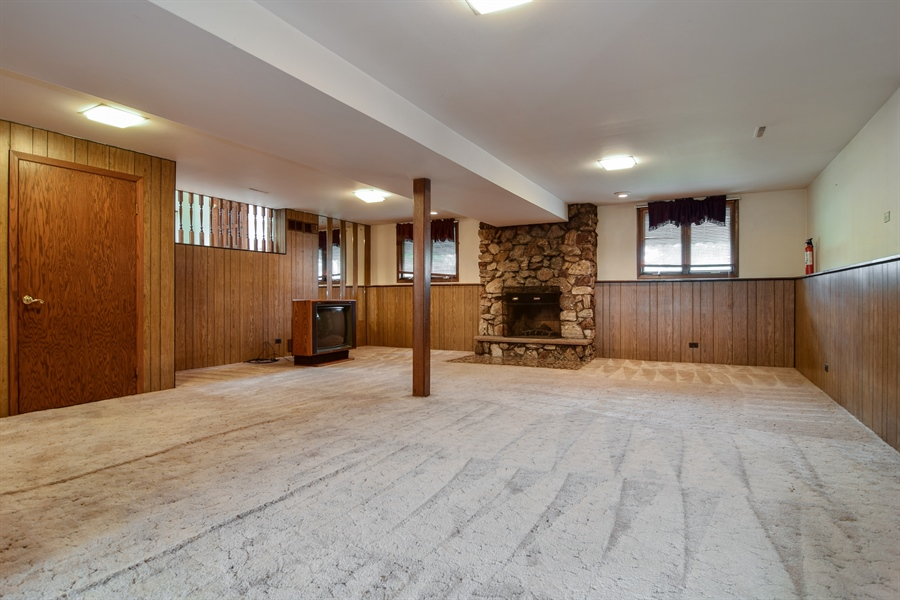 Real Estate Photography - 1241 Central Ave, Bensenville, IL, 60106 - Family Room