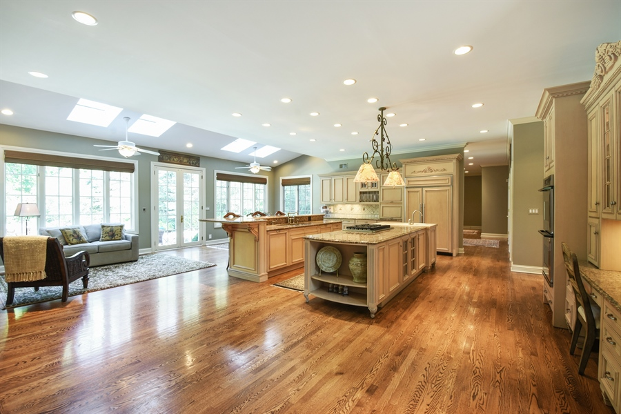 Real Estate Photography - 1 Porter School Road, Barrington Hills, IL, 60010 - Kitchen