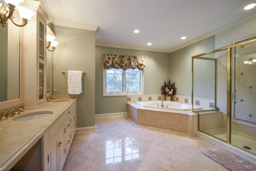 Real Estate Photography - 1 Porter School Road, Barrington Hills, IL, 60010 - Bathroom