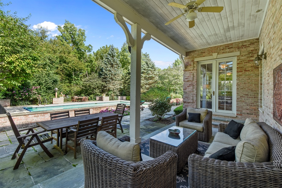 Real Estate Photography - 1 Porter School Road, Barrington Hills, IL, 60010 - Patio