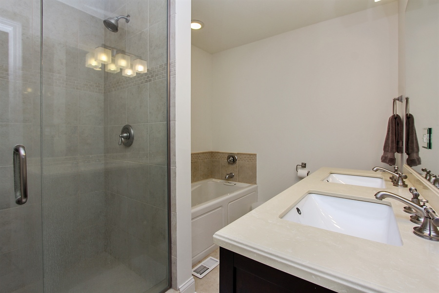 Real Estate Photography - 512 Braemar Ln, Barrington, IL, 60010 - Master Bathroom
