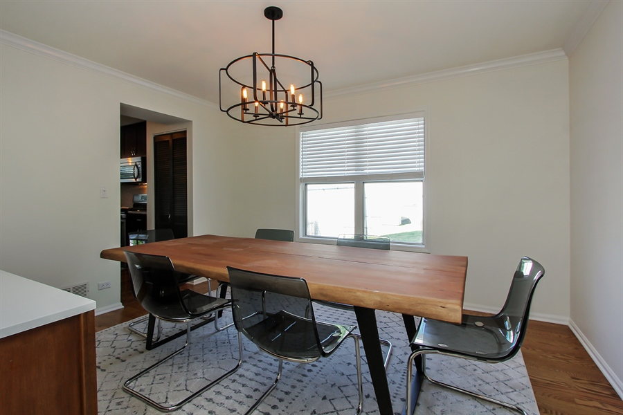 Real Estate Photography - 512 Braemar Ln, Barrington, IL, 60010 - Dining Room