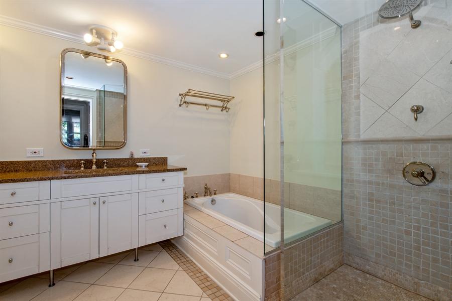 Real Estate Photography - 24 E Scott, Unit 1, Chicago, IL, 60610 - Master Bathroom