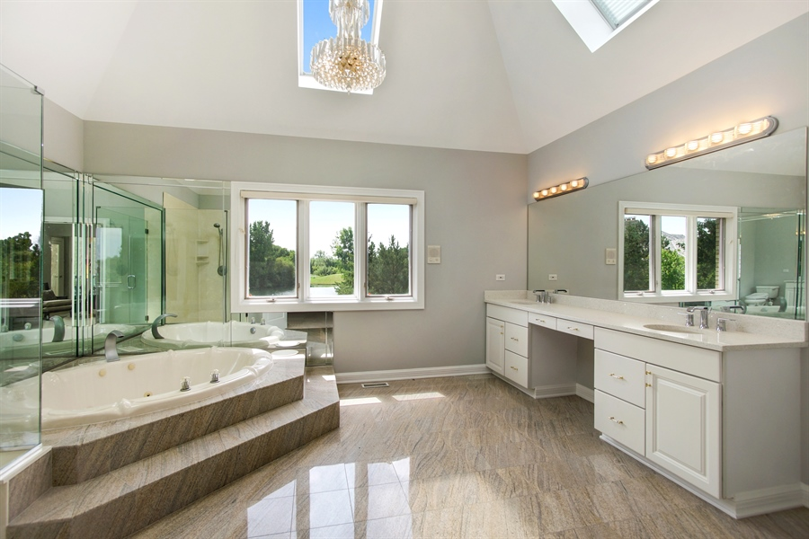 Real Estate Photography - 15 S Meadow, South Barrington, IL, 60010 - Master Bathroom