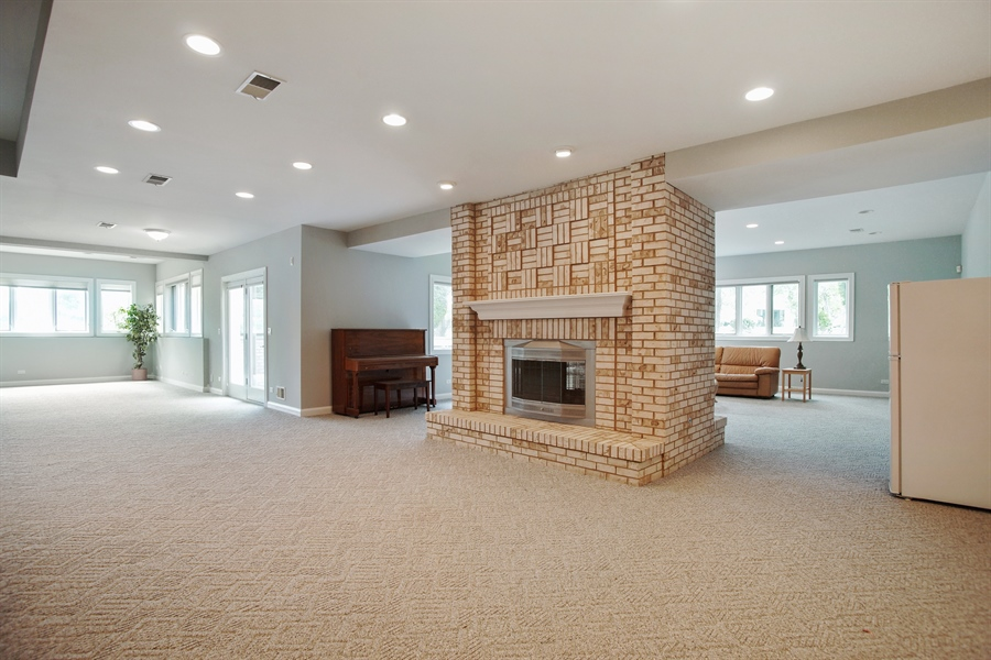Real Estate Photography - 15 S Meadow, South Barrington, IL, 60010 - Basement