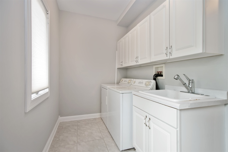 Real Estate Photography - 15 S Meadow, South Barrington, IL, 60010 - Laundry Room