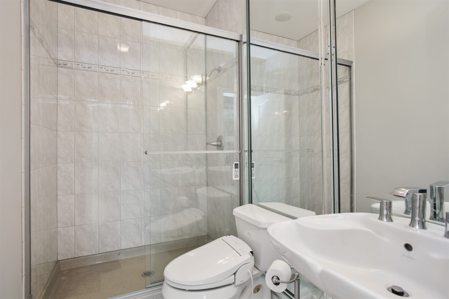 Real Estate Photography - 15 S Meadow, South Barrington, IL, 60010 - Bathroom