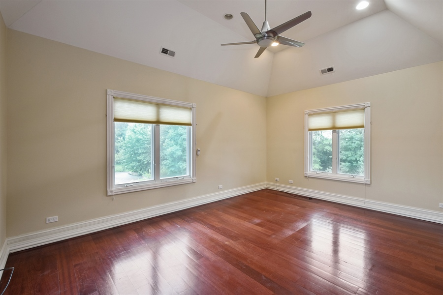 Real Estate Photography - 6 Falcon Ct., South Barrington, IL, 60010 - 3rd Bedroom
