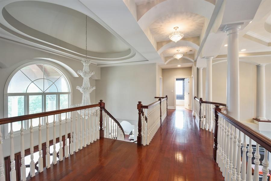 Real Estate Photography - 6 Falcon Ct., South Barrington, IL, 60010 - 2nd Floor Bridge / Interior Balcony