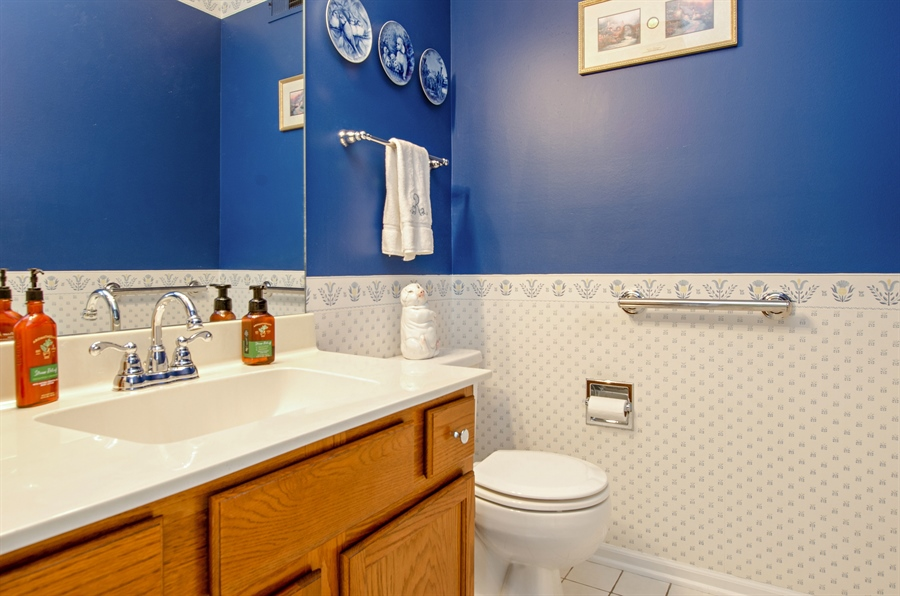 Real Estate Photography - 1159 Stanton Rd, Lake Zurich, IL, 60047 - Powder Room