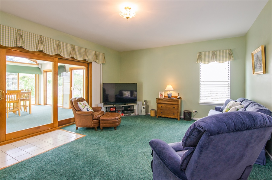 Real Estate Photography - 1159 Stanton Rd, Lake Zurich, IL, 60047 - Family Room