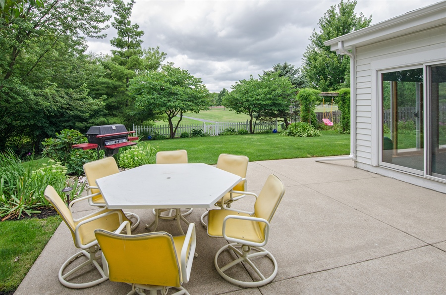 Real Estate Photography - 1159 Stanton Rd, Lake Zurich, IL, 60047 - Deck