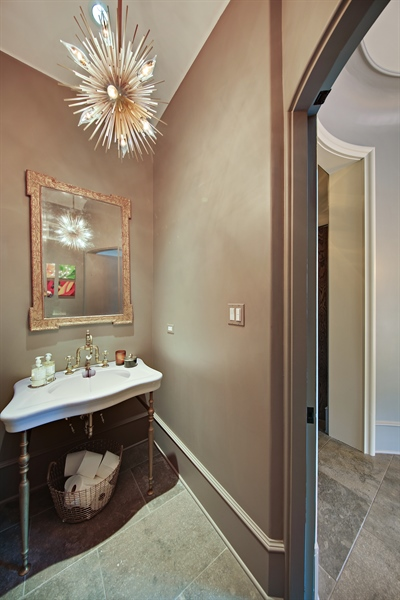 Real Estate Photography - 939 Cleveland, Hinsdale, IL, 60521 - Powder Room
