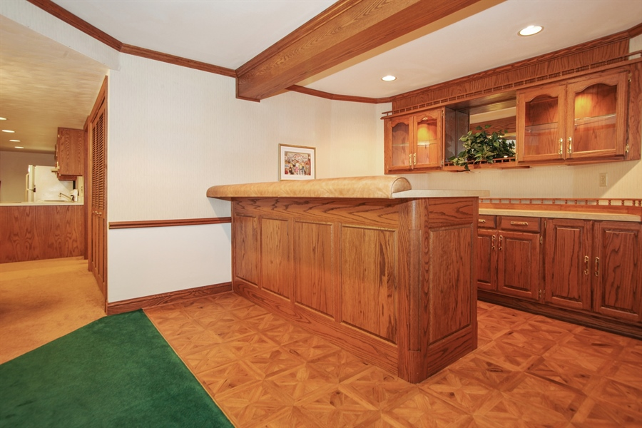 Real Estate Photography - 264 St. Augustine Rd, Colgate, WI, 53017 - Bar
