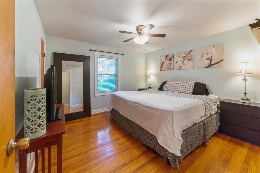 Real Estate Photography - 345 Burnidge Ct, South Elgin, IL, 60177 - Master Bedroom