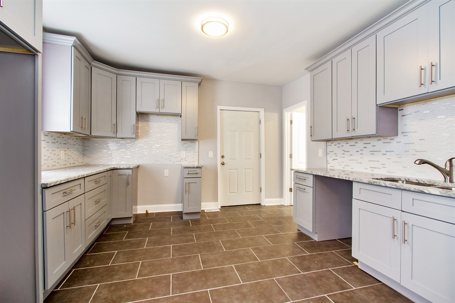 Real Estate Photography - 10138 S Parnell Ave, Chicago, IL, 60628 - Kitchen