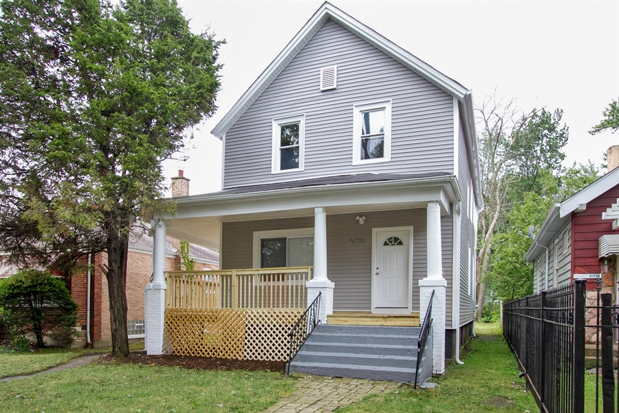 Real Estate Photography - 10138 S Parnell Ave, Chicago, IL, 60628 - Front View
