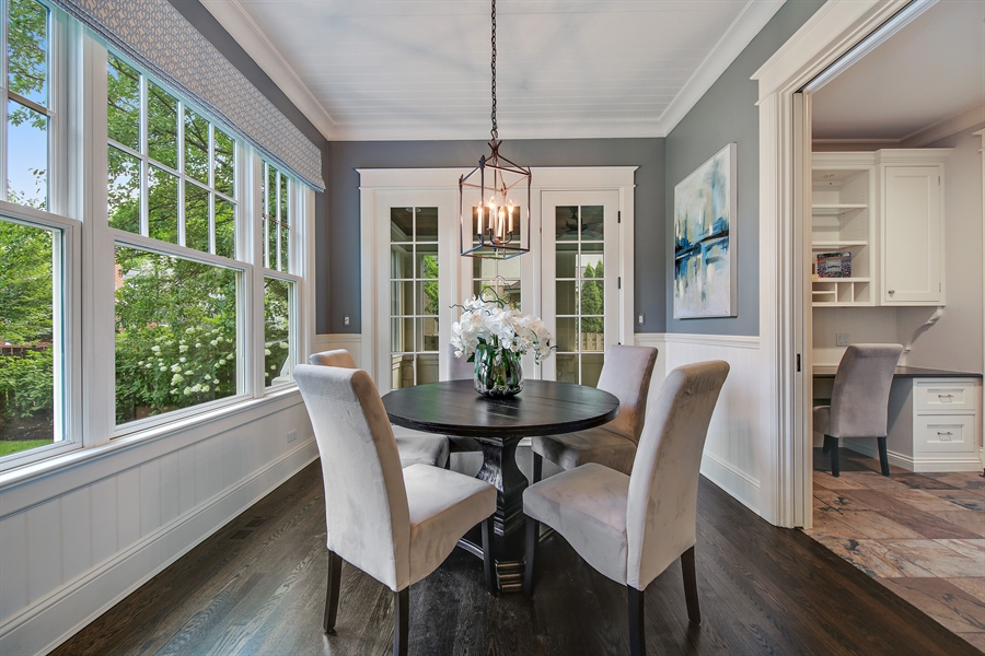 Real Estate Photography - 311 W 9th St, Hinsdale, IL, 60521 - Breakfast Area