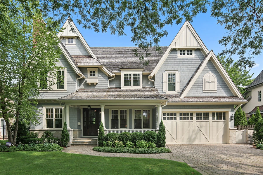 Real Estate Photography - 311 W 9th St, Hinsdale, IL, 60521 - Front View