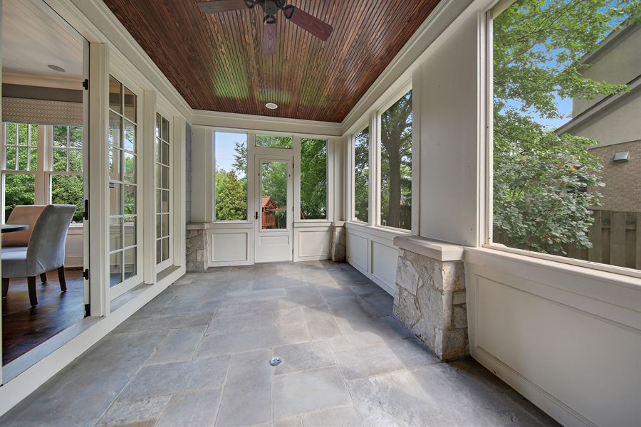 Real Estate Photography - 311 W 9th St, Hinsdale, IL, 60521 - Sun Room