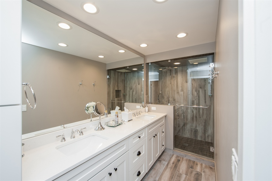 Real Estate Photography - 271 W. Park Drive, Twin Lake, WI, 53181 - Master Bathroom