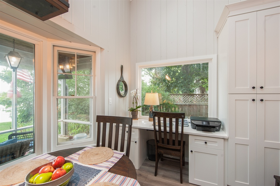 Real Estate Photography - 271 W. Park Drive, Twin Lake, WI, 53181 - Desk Area