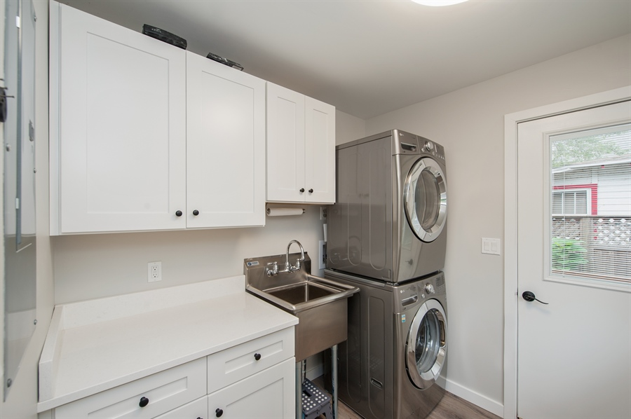 Real Estate Photography - 271 W. Park Drive, Twin Lake, WI, 53181 - Laundry Room