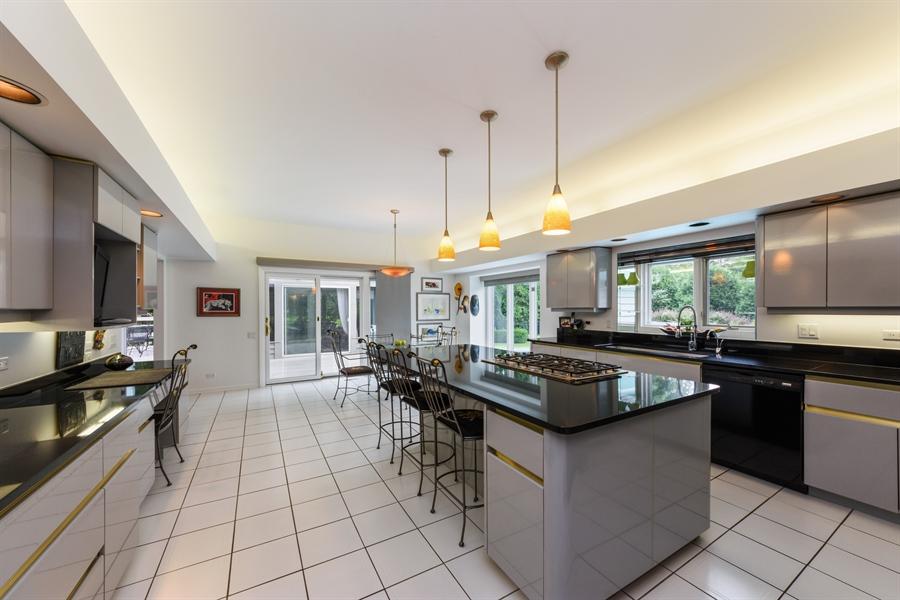 Real Estate Photography - 5322 Fenview Ct., Long Grove, IL, 60047 - Kitchen