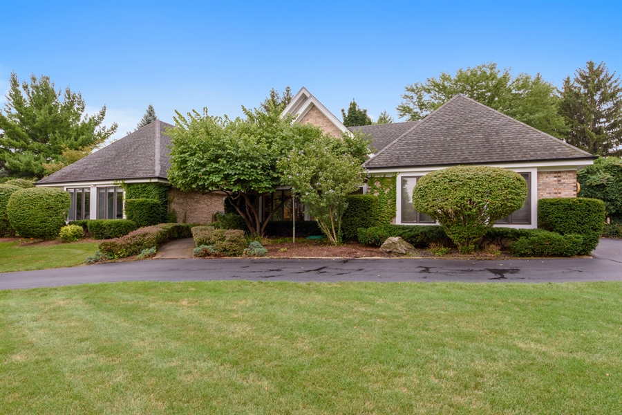 Real Estate Photography - 5322 Fenview Ct., Long Grove, IL, 60047 - Front View