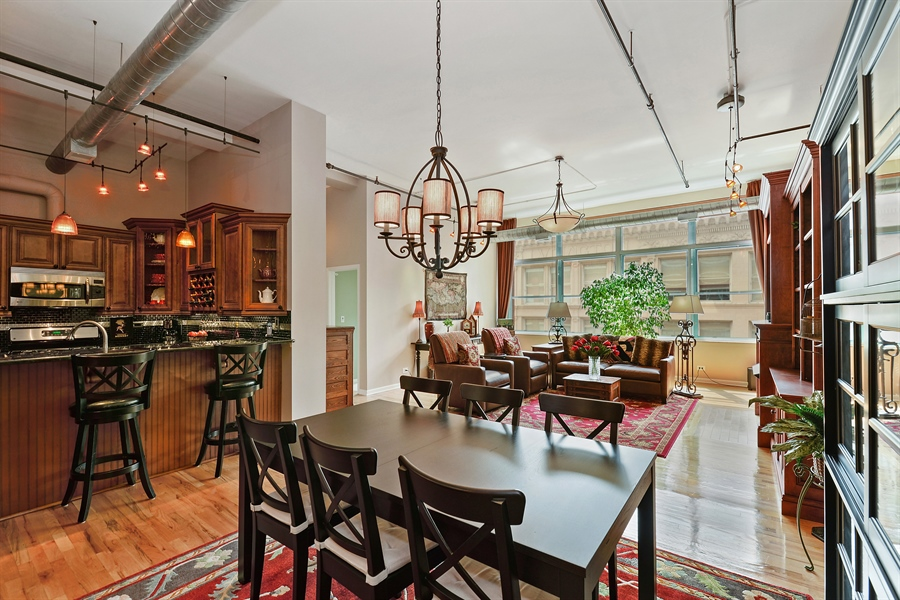 Real Estate Photography - 1020 S Wabash, 8C, Chicago, IL, 60605 - Great Room