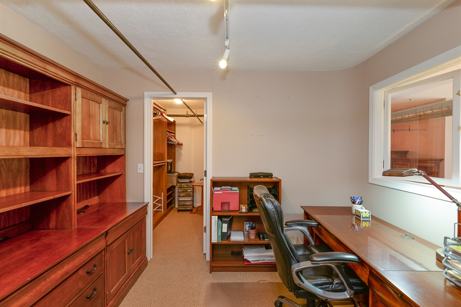 Real Estate Photography - 1020 S Wabash, 8C, Chicago, IL, 60605 - Office