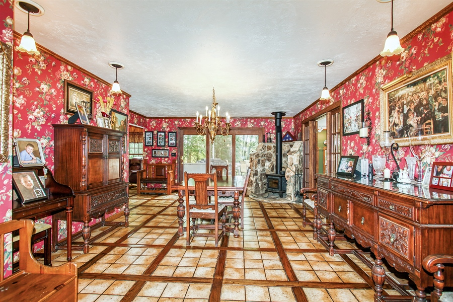 Real Estate Photography - 25550 W Cuba Rd, Barrington, IL, 60010 - Dining Room