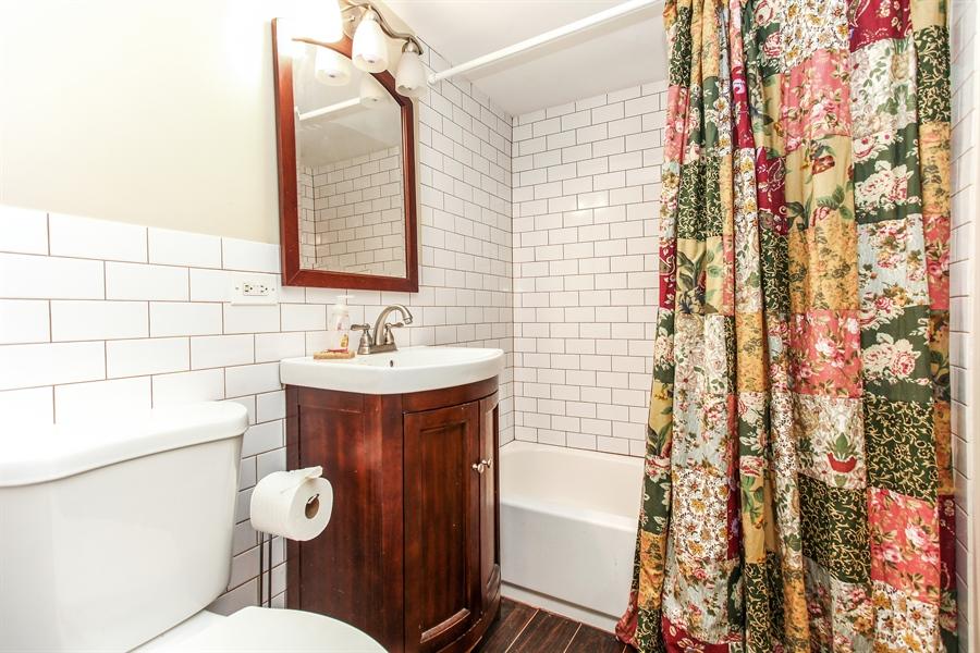 Real Estate Photography - 25550 W Cuba Rd, Barrington, IL, 60010 - Bathroom